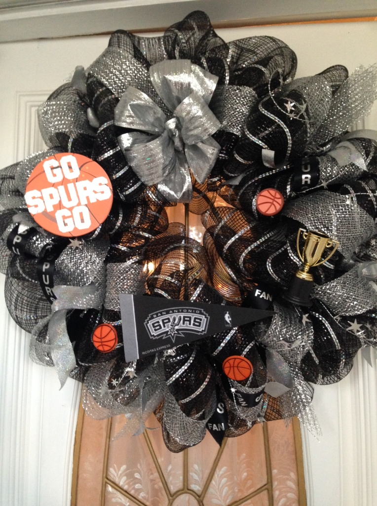Spurs Wreath